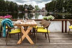 Opini?o do lago em Zlatibor, S?rvia fotografia de stock royalty free