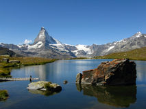 Opinião do lago Matterhorn, Switzerland Fotografia de Stock Royalty Free