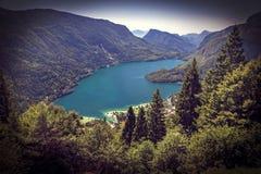 Opinião do lago Molveno Imagens de Stock Royalty Free