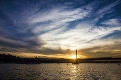 Opinião do mar da noite de Bosporus, Istambul, Turquia Fotos de Stock Royalty Free