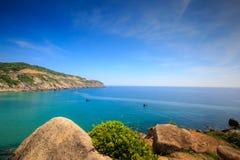 Opinião do mar na ilha pequena Fotos de Stock Royalty Free