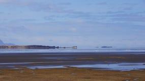 Opinião do mar nos eastfjörds de Islândia Fotografia de Stock Royalty Free