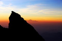 opinião do nascer do sol da parte superior da montagem Agung imagem de stock