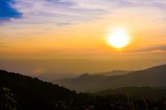 Opinião do nascer do sol em Doi Intanon Foto de Stock