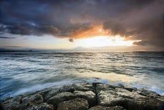 Opinião do nascer do sol na praia Bali Indonésia de Sanur Foto de Stock