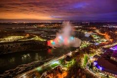 Opinião do pássaro de Niagara Falls imagem de stock