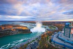Opinião do pássaro de Niagara Falls imagens de stock royalty free
