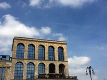 Opinião do palácio de Arengario em Milão Foto de Stock Royalty Free