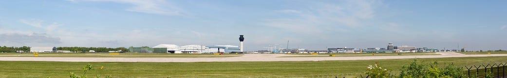 Opinião do panorama do aeroporto de Manchester Foto de Stock
