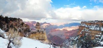 Opinião do panorama da garganta grande no inverno com neve fotos de stock