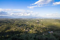 Opinião do panorama da ilha de Corfu, Grécia fotografia de stock