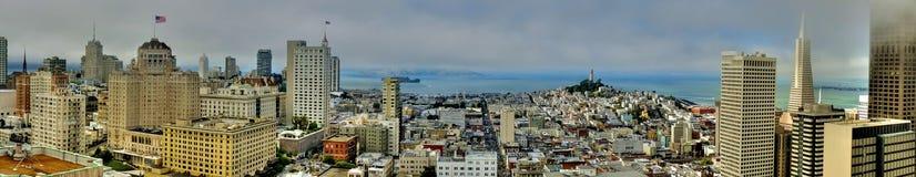 Opinião do panorama de San Francisco do quadrado da união imagens de stock royalty free