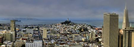 Opinião do panorama de San Francisco do quadrado da união fotos de stock royalty free