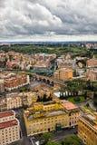 Opinião do ponto culminante sobre a cidade de Roma Itália Foto de Stock Royalty Free