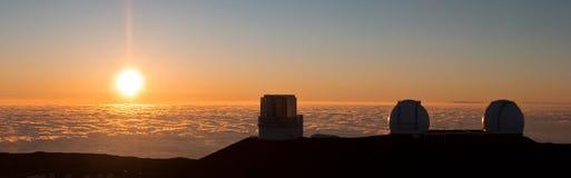 Opinião do por do sol da cimeira de Mauna Kea, Havaí Foto de Stock