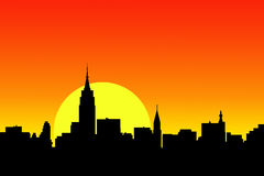 Opinião do por do sol da skyline da cidade Fotografia de Stock Royalty Free