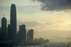 Opinião do por do sol em Hong Kong imagem de stock