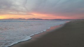 Opinião do por do sol na praia 4k do oceano filme