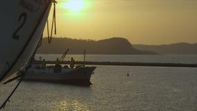 Opinião do por do sol na frente da mercê de África, Conakry filme