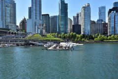 Opinião do porto do hidroavião do navio de cruzeiros fotografia de stock royalty free
