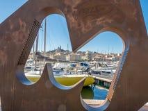 Opinião do projeto da arte do porto velho de Marselha imagem de stock