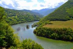 Opinião do rio da montanha de Balcãs Imagens de Stock Royalty Free