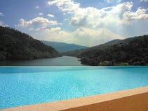 A opinião do rio de Douro foto de stock