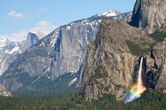 Opinião do túnel com queda do arco-íris Imagens de Stock
