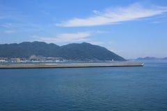 opinião do trem Seto Inland Sea foto de stock royalty free