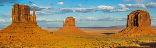 Opinião do vale do monumento Fotografia de Stock Royalty Free