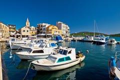 Opinião dos barcos e do porto de Pirovac Imagem de Stock Royalty Free