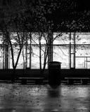 Opinião escura da rua da janela imagens de stock royalty free