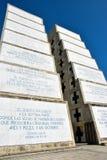 Opinião exterior Christopher Columbus Lighthouse no céu azul Zona ocidental de Santo Domingo, República Dominicana Imagem de Stock