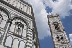 Opinião Florence Baptistery fotografia de stock royalty free