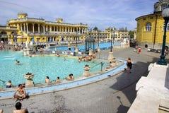 Opinião geral dos banhos de Szechenyi Fotografia de Stock Royalty Free