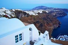 Opinião Grécia da noite da skyline da ilha de Santorini Foto de Stock Royalty Free
