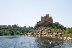 Opinião histórica antiga Portugal do castelo do almourol fotos de stock royalty free