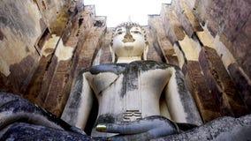 Opinião histórica do olho do sem-fim da estátua do bhudda do templo do amigo de Wat Sri do parque fotos de stock