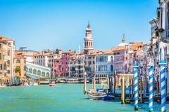 Opinião idílico da arquitetura da cidade de Veneza - margem Fotografia de Stock