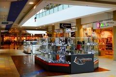 Opinião interna do centro da loja do panorama da cidade de Vilnius Foto de Stock Royalty Free