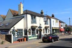 Opinião Kent Reino Unido da rua da cidade de Walmer imagem de stock royalty free