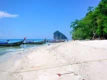 Opinião Koh Kai, ilha da galinha, mar de Andaman, Tailândia fotografia de stock