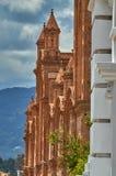 Opinião lateral da catedral nova Foto de Stock Royalty Free