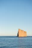Opinião lateral Perce Rock, Perce, Quebeque, Canadá foto de stock