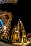 Opinião Liberty Square, Novi Sad da noite, Sérvia Foto de Stock