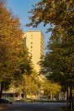 Opinião maravilhosa do outono com avenidas foto de stock royalty free