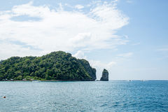 Opinião Maya Bay, ilha de Phi Phi, Tailândia, Phuket Imagem de Stock