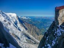 Opinião Mont Blanc de Aguille du midi fotos de stock royalty free