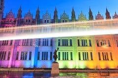 Opinião na noite, Aberdeen Escócia da faculdade de Marischal fotografia de stock royalty free