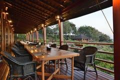 Opinião natural do restaurante do estilo de Myanmar imagem de stock